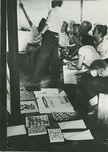 Ray Johnson, Ruth Asawa and other students in Josef Albers class at Black Mountain College, ca. 1945-46. Photo by Josef Breitenbach